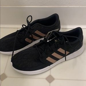 Adidas CLOUDFOAM QT RACER SHOES